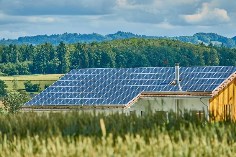 alternative sources of renewable energy essay Renewable energy sources,  the us military has already committed itself to have 50% of its energy consumption come from alternative sources.